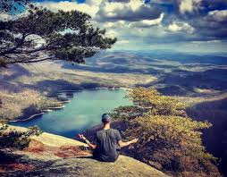 table rock mountain sc 7 iconic hikes you need to take in south carolina before you die