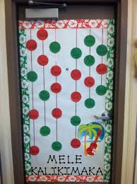 100 classroom door christmas decorations pinterest minion