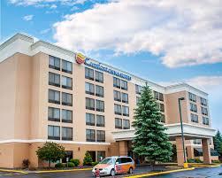 Comfort Inn Reno Comfort Inn U0026 Suites Watertown 1000 Islands In St Lawrence
