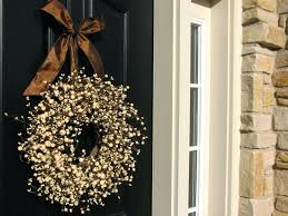 Decorative Wreaths For Home by Outdoor Decorative Wreaths U2013 Creativealternatives Co