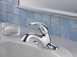 Delta Linden Faucet 4453 Ss Dst by Delta 500 Wcs Dst Classic Single Handle Centerset Bathroom Faucet