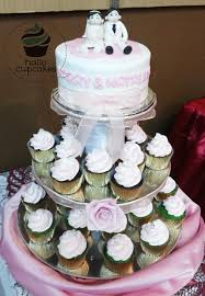 hallo cupcakes mini wedding cake