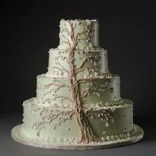 wedding cake tree wedding cake with a climbing tree decor clara henningsen