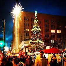 8 reasons you know it u0027s the most wonderful time of the year in seattle