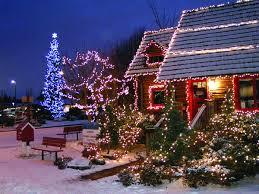 edmonds tree lighting ceremony begins with a festive