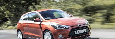 hyundai hatchback 2016 hyundai i20 coupe 1 0 litre sport nav hatchback review car keys