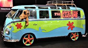 volkswagen microbus 2016 file the mystery machine microbus jpg wikimedia commons