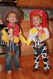 Halloween Costumes Twins Win Huffpost Jessie Woody Halloween Costumes Pull