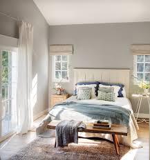 una gran casa para una familia numerosa decora el dormitorio