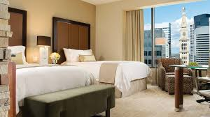 How To Arrange Pillows On King Bed Deluxe Room Denver Luxury Hotel Rooms Four Seasons Denver