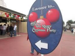 wat disney world u0027s mickey u0027s very merry christmas party tips from