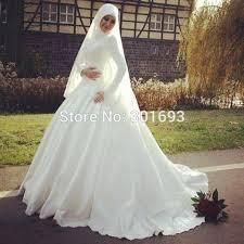 robe de mariã e pour femme voilã e les 25 meilleures idées de la catégorie robe de mariée islamique