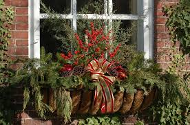 Christmas Fence Decorations 25 Outdoor Christmas Decoration Ideas In Pictures