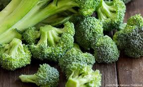 cuisiner les brocolis le brocoli recettes et astuces de cuisine régal