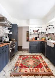 tapis cuisine design tapis cuisine style cagne motif orange marron carrelage