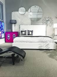 chambre avec meuble blanc mobilier de chambre à coucher blanc et noir avec meuble accent