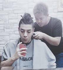 where can a guy get a good top knot style haircut man bun and top knot hairstyles faq guide man bun hairstyle