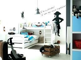 chambre b b pirate chambre enfant pirate lit en forme de bateau pirate lit enfant