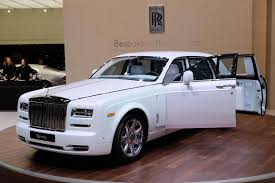 roll royce rollls rolls royce motor cars brings serenity to the geneva myautoworld com