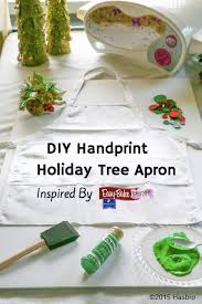 diy handprint tree apron help your child cover the bottom of