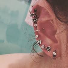 earrings on top of ear best 25 top ear piercing ideas on cartilage earrings