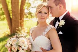 mary wyar toledo ohio wedding photographer u0026 videography