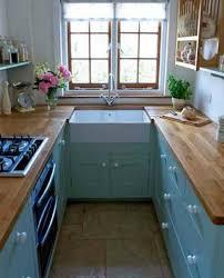 modeles de petites cuisines modernes les 25 meilleures idées de la catégorie petites cuisines sur inside