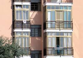 verande balconi balcone in veranda in condominio