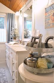 vintage home decore coastal cottage christmas bath