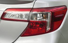 how much to fix a tail light tail light lens replacement costs repairs autoguru
