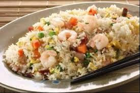 comment cuisiner du riz recette de riz cantonais à l huile de sésame facile et rapide