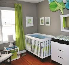 chambre bébé taupe et déco mur chambre bébé 50 idées charmantes deco de chambre taupe