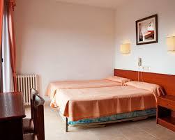 barcelona cheap hotels cheap barcelona accommodation