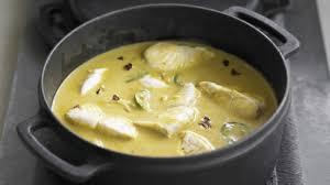cuisiner la lotte au curry recette curry de merlan cuisiner merlan recettes poisson facile