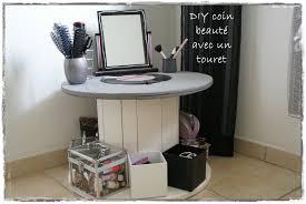 idee de bureau a faire soi meme bureau a faire soi meme le bureau coiffeuse convertible