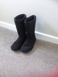 ugg boots hull sale ugg boots size 6 local classifieds buy and sell in the uk and