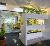 blumenkã sten balkon herbstblumen balkon blumenkã sten bepflanzen erde gieãÿkanne