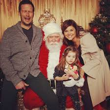 celebs taking holiday christmas card photos thechive