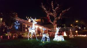 palos verdes christmas lights hermosa home christmas display began with simple roof line lights