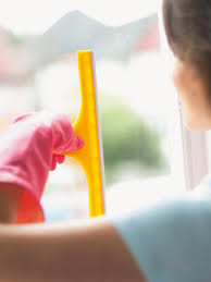 how to clean windows hgtv