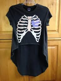 s drop dead limited edition size small rib cage tshirt