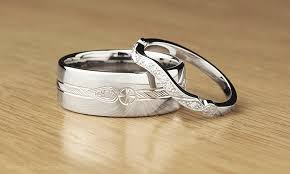 hand engraved rings images Hand engraved vs machined patterned wedding rings jpg