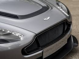 aston martin vantage 2016 aston martin vantage gt12 roadster 2016 pictures information