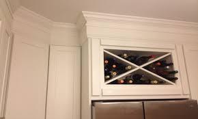 shaker kitchen cabinets crown molding kitchen