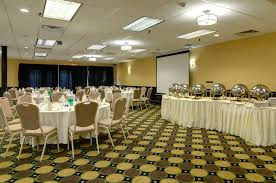 party rooms chicago clarion inn elmhurst oakbrook il hotel near oakbrook in