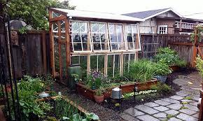 Garden Greenhouse Ideas 3 Easy Diy Greenhouses For 300 Treehugger