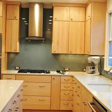 what color quartz goes with maple cabinets maple cabinets design ideas pictures remodel and decor