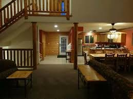 grizzly jacks grand bear resort wedding ceremony from living room into dinning room and kitchen area picture of