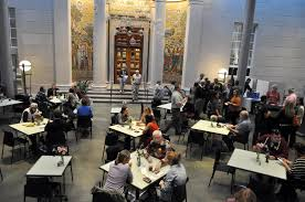 café currier museum of art focused on art centered on people
