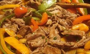 cuisiner viande à fondue fondue chinoise de kangourou en sauté recette maison du gibier